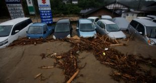 Japan floods: Rescue workers find more bodies