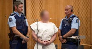 المتهم بارتكاب مجزرة المسجدين في نيوزيلندا يدفع ببراءته