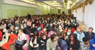بالصور منظمة الدرع العالمية في اوكرانيا نظمت احتفالا طفوليا كبيرا لاكثر من 500 طفل يتيم ومهاجر ولاجئ