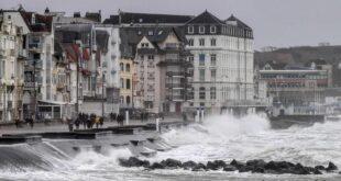 Европу накрыли штормы «Кира» и «Сабине»